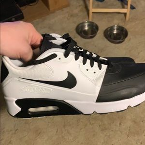 "Nike Air Max 90 2.0 SE ""Black & White"" SZ 9.5 Mens"